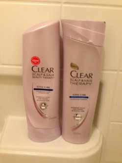 Photo of Clear Scalp & Hair Beauty Therapy Frizz-Control Nourishing Daily Conditioner uploaded by Clara C.