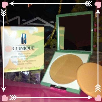 Photo of Clinique Almost Powder Makeup SPF 15 uploaded by johana v.