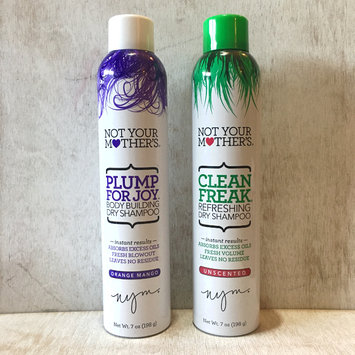 Photo of Not Your Mother's® Clean Freak™ Refreshing Dry Shampoo uploaded by Kristina W.