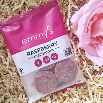 Emmy's Organics Coconut Vanilla Macaroons - 2 oz uploaded by Vanna L.