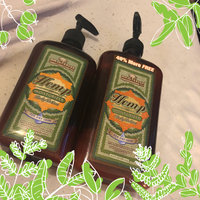 Acai Berry & Violet Herbal Body Moisturizer uploaded by Jacob P.
