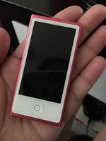 Apple iPod Nano - 7th Generation uploaded by Marieka B.