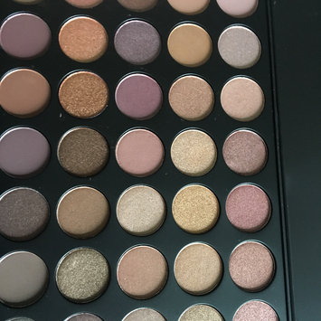 Photo of Morphe T35 Taupe Eyeshadow Pallet uploaded by Jade H.