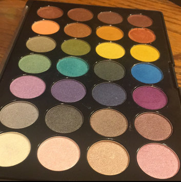 Photo of Modern Mattes - 28 Color Eyeshadow Palette uploaded by Monique C.