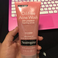 Neutrogena® Oil-Free Acne Wash Pink Grapefruit Foaming Scrub uploaded by Brandi C.