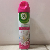 Air Wick 4 in 1 Air Freshener Magnolia & Cherry Blossom uploaded by Adriana A.