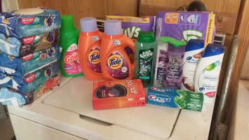 Photo of Tide Plus Febreze Freshness Liquid Laundry Detergent uploaded by Jessica n.
