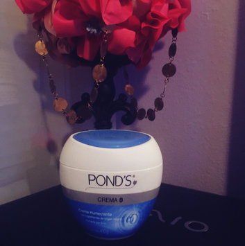 Photo of Pond's Dry Skin Cream uploaded by JULI$$A 👑.