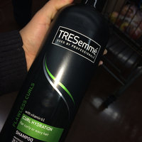 TRESemmé Cleanse & Replenish 2 in 1 Shampoo uploaded by Evelyn H.