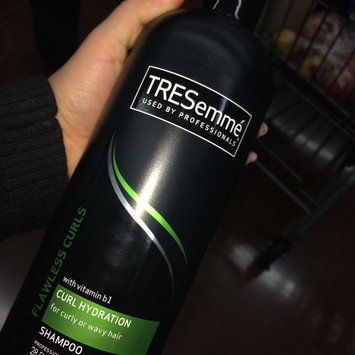 Photo of TRESemmé Cleanse & Replenish 2 in 1 Shampoo uploaded by Evelyn H.