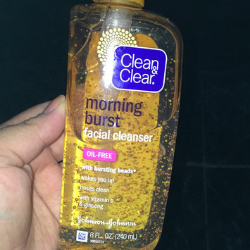 Clean & Clear Morning Burst Oil-Free Facial Cleanser uploaded by Brenda V.
