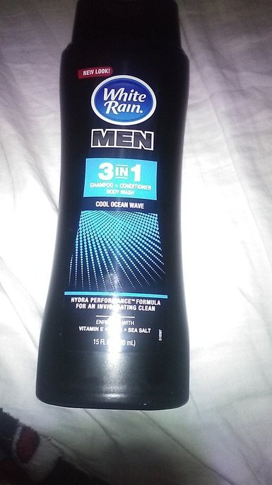 White Rain® for Men Cool Ocean Wave 3 in 1 Shampoo/Conditioner/Body Wash 15 fl. oz. Bottle uploaded by Hortencia G.