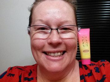 Physicians Formula® Organic Wear® Work It! Light/Medium Marathonista Tinted Moisturizer™ 1.2 fl. oz. Box uploaded by Lisa W.