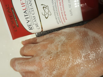 Photo of L'Oréal Paris RevitaLift® Radiant Smoothing Cream Cleanser uploaded by Kelly F.