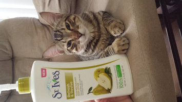 Photo of NEW St. Ives® Refresh & Revive Pear Nectar & Soy Body Lotion uploaded by Ariel S.