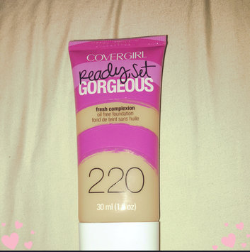 COVERGIRL Ready Set Gorgeous Foundation uploaded by Patricia G.