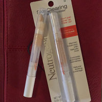 Neutrogena® SkinClearing Blemish Concealer uploaded by Camila L.
