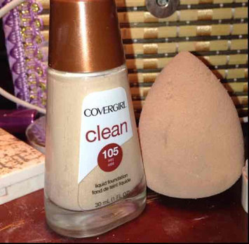 COVERGIRL Clean Normal Liquid Makeup uploaded by Raghad A.