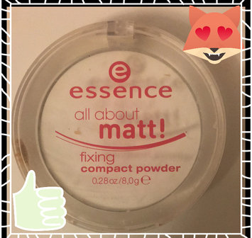 Photo of Essence All About Matt! Fixing Compact Powder uploaded by Aquay T.