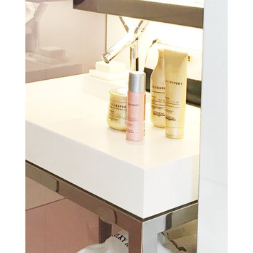 Photo of L'Oréal Paris Professional Serie Expert Absolut Repair Lipidium Shampoo uploaded by Vanessa T.