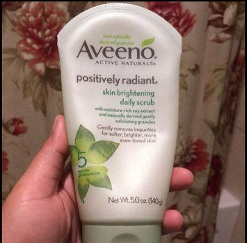 Aveeno Positively Radiant Skin Brightening Daily Scrub uploaded by Ruzzy G.