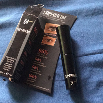 It Cosmetics Superhero Elastic Stretch Volumizing Mascara uploaded by Rhina F.