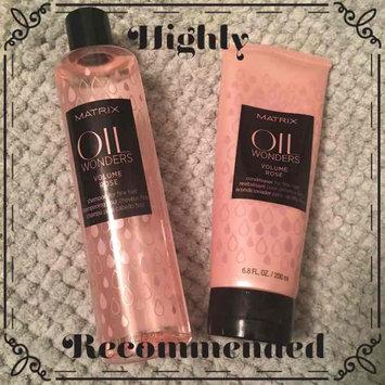 Matrix Oil Wonders Volume Rose Shampoo For Fine Hair uploaded by Erin P.