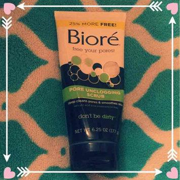 Photo of Biore Pore Unclogging Scrub uploaded by Candice S.