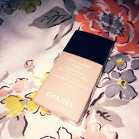 Chanel Vitalumiere Aqua Ultra-Light Skin Perfecting Sunscreen Makeup SPF 15 uploaded by Lottie H.