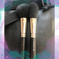 M.A.C Cosmetics 129 Synthetic Powder/Blush Brush uploaded by Esther L.