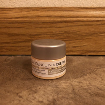 Photo of IT Cosmetics Confidence in a Cream Transforming Moisturizing Super Cream uploaded by Miranda F.