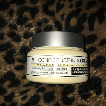 Photo of IT Cosmetics Confidence in a Cream Transforming Moisturizing Super Cream uploaded by Lacey A.