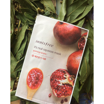 Photo of Innisfree It's Real Squeeze Mask 5pcs (Pomegranate) uploaded by Olenka B.