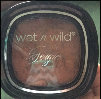 Wet n Wild To Reflect Shimmer Palette uploaded by hailie w.
