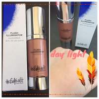 The Estée Edit by Estée Lauder Flash Illuminator uploaded by Elaine M.