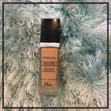 Photo of Dior Diorskin Forever Perfect Makeup Everlasting Wear Pore-Refining Effect uploaded by Mariya H.