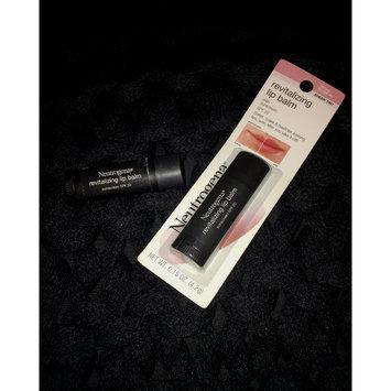Photo of Neutrogena® Revitalizing Lip Balm SPF 20 uploaded by Sydney 💋.