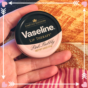 Photo of Vaseline Limited Edition Lip Therapy Pink Bubbly Tin uploaded by Maria M.