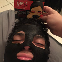 Yes To Tomatoes Detoxifying Charcoal Paper Mask uploaded by Jessica O.
