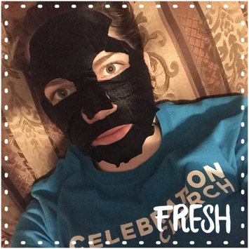 Photo of Yes To Tomatoes Detoxifying Charcoal Paper Mask uploaded by Keyona M.