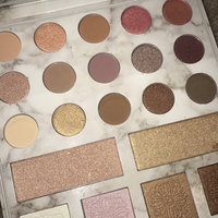 BH Cosmetics Carli Bybel Deluxe Edition 21 Color Eyeshadow & Highlighter Palette uploaded by Helan S.