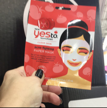 Yes to Tomatoes Clear Skin Acne Fighting Sheet Mask uploaded by Christen F.