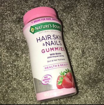 Nature's Bounty Optimal Solutions Hair, Skin & Nails Dietary Supplement Strawberry Flavored Gummies, 90 count uploaded by Marie S.