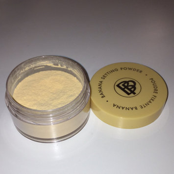 Photo of Bella Pierre Cosmetics Banana Setting Powder uploaded by Yeliz S.