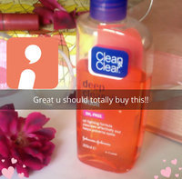 Clean & Clear Essentials Deep Cleaning Astringent uploaded by Angelina L.