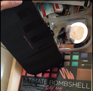 Victoria's Secret Ultimate Bombshell Essential Makeup Kit Sexy New Shades 55.7g uploaded by Merimel V.
