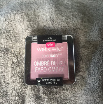 Wet n Wild Color Icon Ombre Blusher uploaded by Desiree Katrina T.