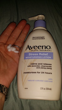 Photo of Aveeno Active Naturals Skin Relief with Soothing Oat Essence Moisturizing Lotion uploaded by Heidi M.