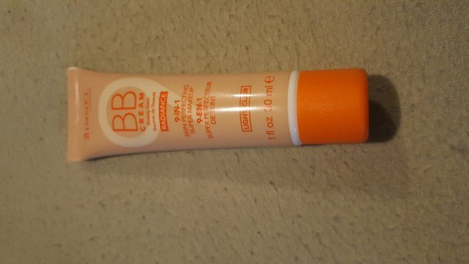 Rimmel Wake Me Up Radiance BB - Cream Light uploaded by Samantha L.