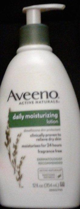 Aveeno Creamy Moisturizing Oil uploaded by kavita s.